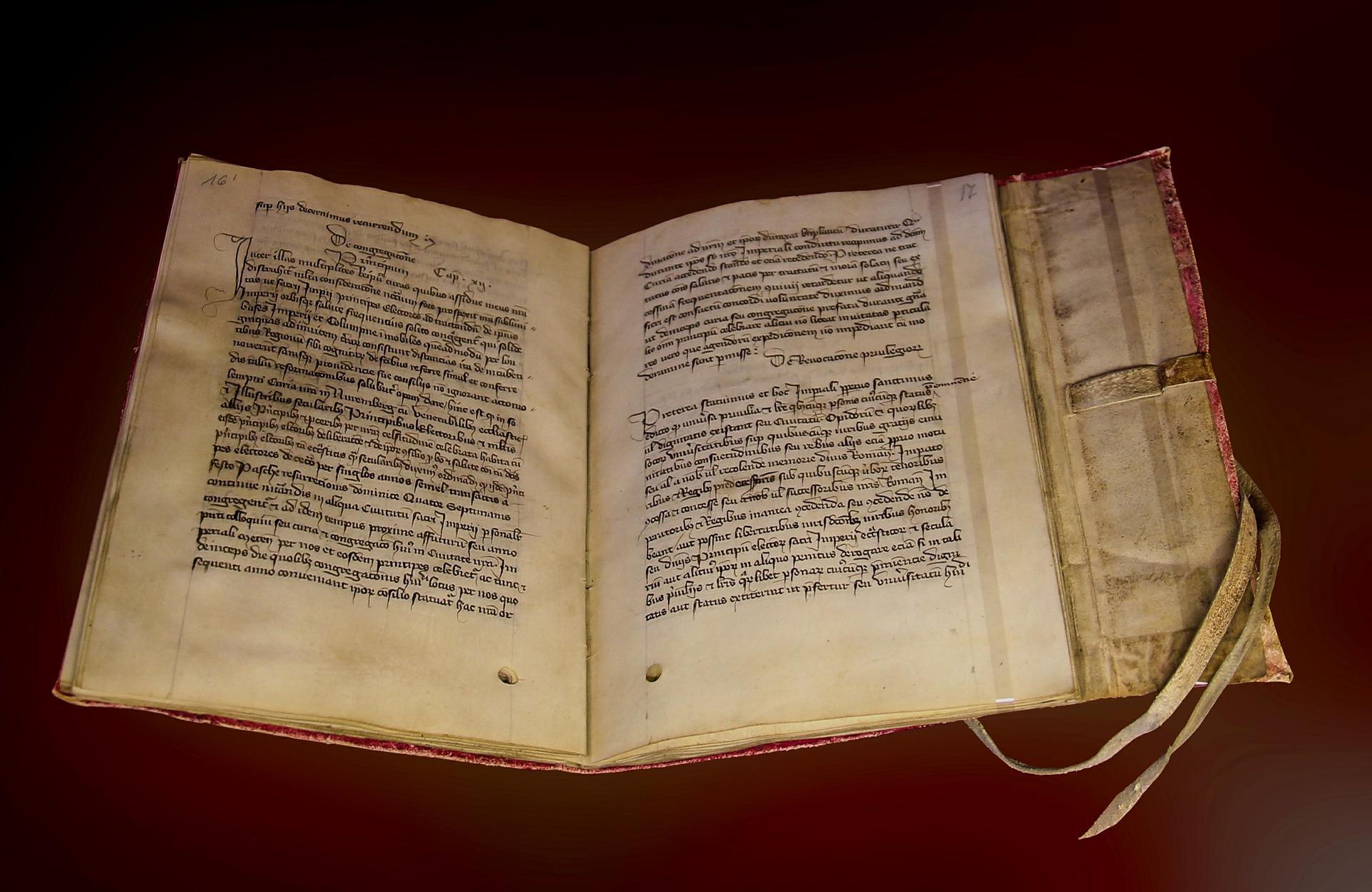 Psychologische Traumdeutung: Aufzeichnungen in alten Büchern.